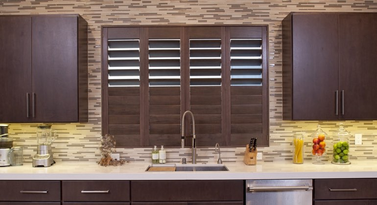 Houston cafe kitchen shutters