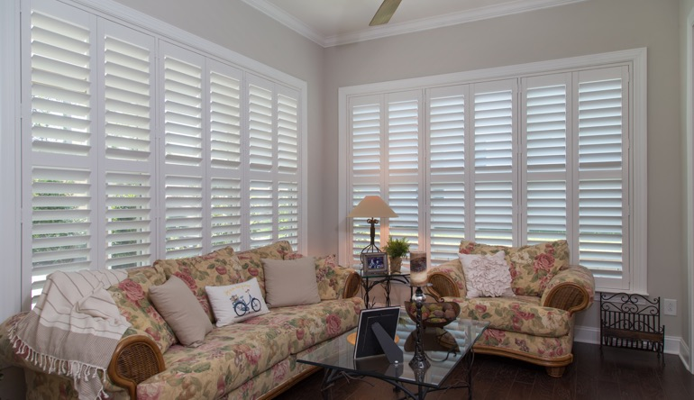 Houston sunroom plantation shutters