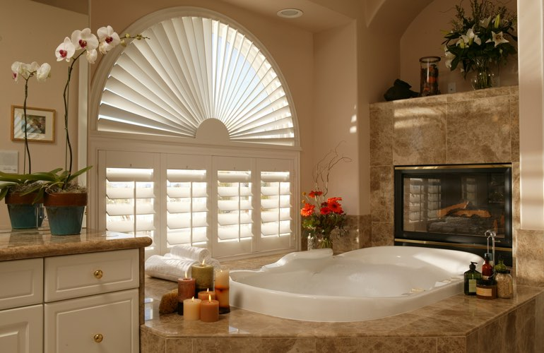 Sunray shutters in a Houston bathroom.