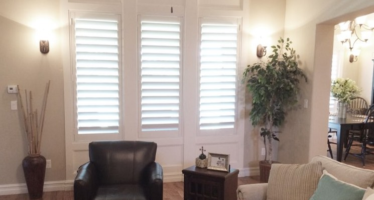 Houston family room white shutters